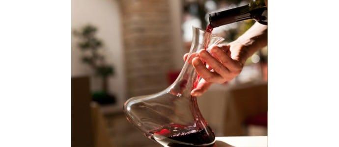 Botella decantadora, para disfrutar del buen vino.